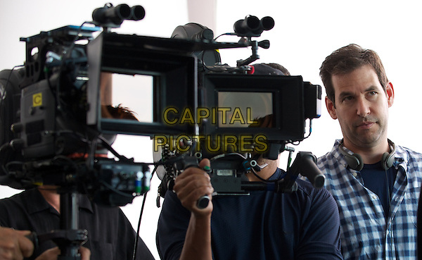Director/writer/producer Doug Ellin on the set of the Warner Bros. Pictures,' Home Box Office's and RatPac-Dune Entertainment's comedy &quot;ENTOURAGE,&quot; a Warner Bros. Pictures release.<br /> *Filmstill - Editorial Use Only*<br /> CAP/NFS<br /> Image supplied by Capital Pictures