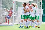 Stockholm 2015-07-11 Fotboll Damallsvenskan Hammarby IF DFF - Vittsj&ouml; GIK :  <br /> Hammarbys Clara Markstedt firar sitt 2-2 m&aring;l med lagkarmater under matchen mellan Hammarby IF DFF och Vittsj&ouml; GIK <br /> (Foto: Kenta J&ouml;nsson) Nyckelord:  Fotboll Damallsvenskan Dam Damer Zinkensdamms IP Zinkensdamm Zinken Hammarby HIF Bajen Vittsj&ouml; GIK jubel gl&auml;dje lycka glad happy