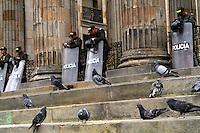 BOGOTA -COLOMBIA- 19-08-2013.En calma se vivió el paro nacional en la capital y donde no hubo marchas   de los trabajadores ./ Calm was experienced national strike in the capital where not there were marches  of workers. Photo: VizzorImage /Felipe Caicedo  / STAFF