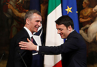 Il segretario generale della Nato Jens Stoltenberg stringe la mano al Presidente del Consiglio Matteo Renzi, a destra, al termine della conferenza stampa congiunta a Palazzo Chigi, Roma, 26 febbraio 2015.<br /> NATO's secretary general Jens Stoltenberg shakes hands with Italian Premier Matteo Renzi, right, at the end of a joint press conference at Chigi Palace, Rome, 26 February 2015.<br /> UPDATE IMAGES PRESS/Isabella Bonotto