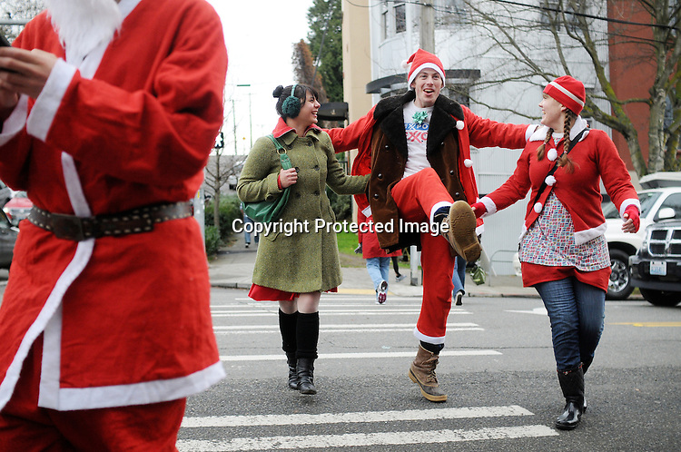 Seattle SantaCon photos Saturday, Dec. 18, 2010. Photo by Daniel Berman/www.bermanphotos.com