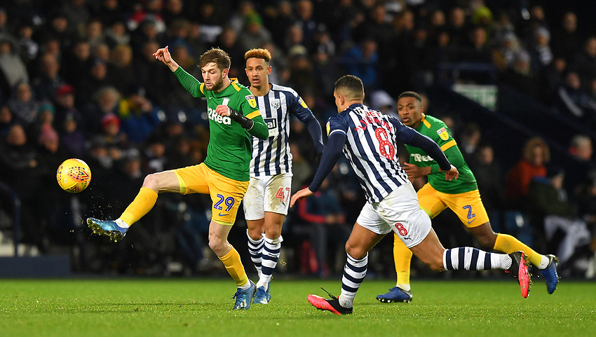 Preston North End's Tom Barkhuizen battles for the ball<br /> <br /> Photographer Dave Howarth/CameraSport<br /> <br /> The EFL Sky Bet Championship - West Bromwich Albion v Preston North End - Tuesday 25th February 2020 - The Hawthorns - West Bromwich<br /> <br /> World Copyright © 2020 CameraSport. All rights reserved. 43 Linden Ave. Countesthorpe. Leicester. England. LE8 5PG - Tel: +44 (0) 116 277 4147 - admin@camerasport.com - www.camerasport.com