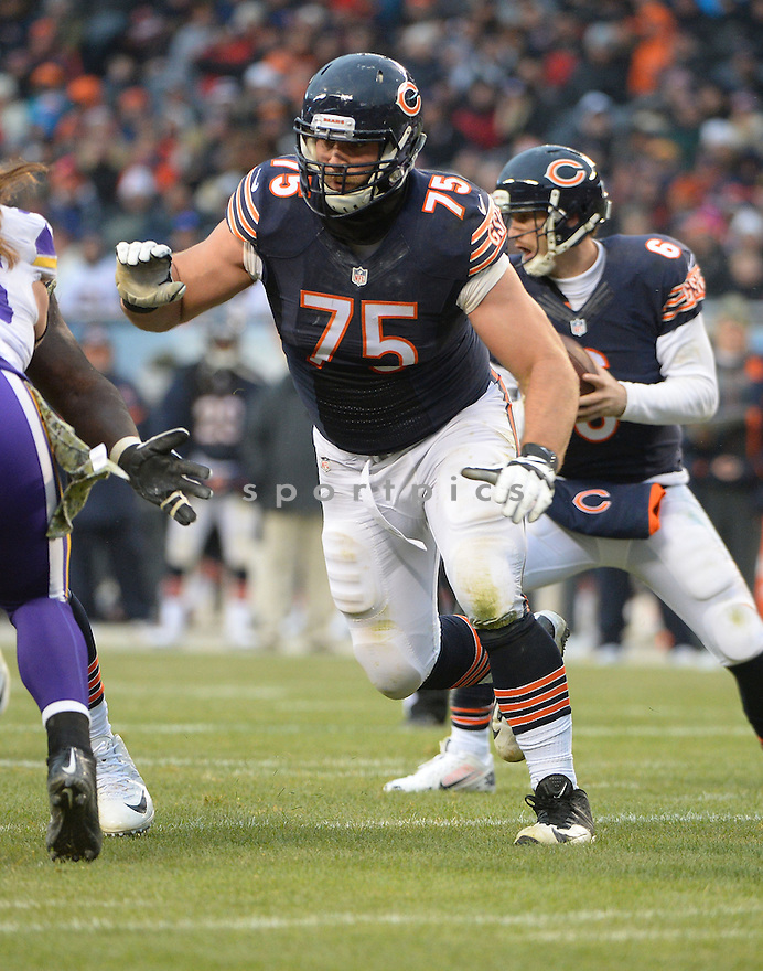 Chicago Bears Kyle Long (75) during a game against the Minnesota Vikings on November 16, 2014 at Soldier Field in Chicago, IL. The Bears beat the Vikings 21-13.