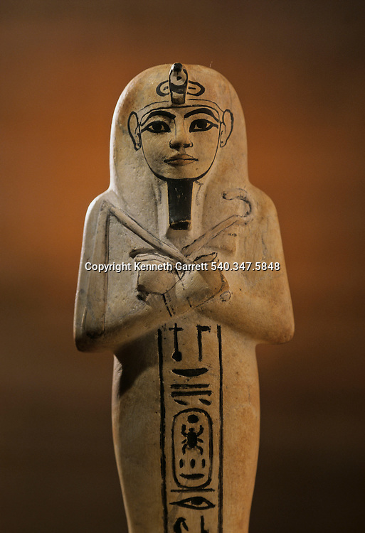 Limestone shabti, Tutankhamun and the Golden Age of the Pharaohs, Page 253 left