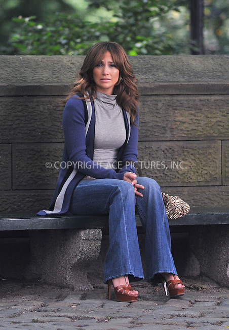 WWW.ACEPIXS.COM . . . . .  ....July 22 2009, New York City....Actress Jennifer Lopez was on the Central Park set of the new movie 'The Back-up Plan' on July 22 2009 in New York City....Please byline: AJ SOKALNER - ACE PICTURES.... *** ***..Ace Pictures, Inc:  ..tel: (212) 243 8787 or (646) 769 0430..e-mail: info@acepixs.com..web: http://www.acepixs.com
