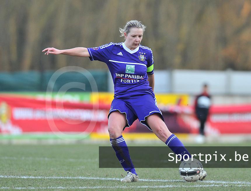 Waasland Beveren Sinaai Girls - RSC Anderlecht : Sophie Mannaert.foto DAVID CATRY / Nikonpro.be