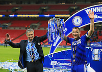 Chelsea s John Terry and Jose Mourinho celebrate with the trophy League Cup Final - Chelsea vs Tottenham Hotspur - Wembley Stadium - England - 1st March 2015 - Picture David Klein/Sportimage/Imago/Insidefoto <br /> ITALY ONLY
