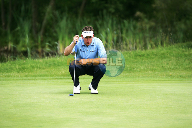 Lee Westwood lines up his putt on the 13th green during the final round of the 2008 Open de France Alstom at Golf National, Paris, France June 29th 2008 (Photo by Eoin Clarke/GOLFFILE)