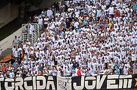 SAO PAULO SP, 20  MARCO 2013 - Paulistao 2013 - PALMEIRAS X SANTOS - Tocedores do Santos durante partida contra o Palmeiras valida pelo campeonato paulista de 2013 no Estadio do Pacaembu em Sao Paulo, neste sabado , 24. (FOTO: ALAN MORICI / BRAZIL PHOTO PRESS).