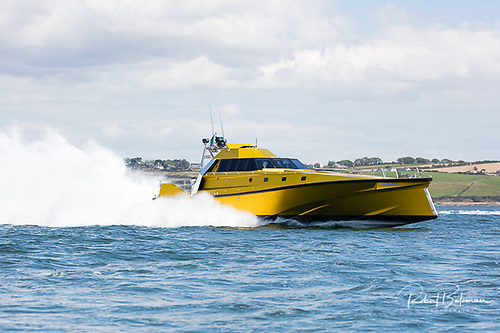 Thunderchild II makes her start at Weavers Point, Cork Harbour Photo: Bob Bateman