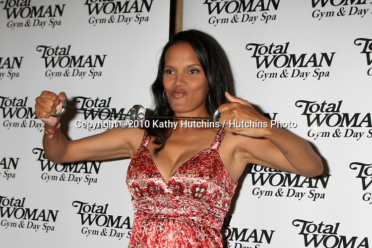 Shari Headley.at the Women's History Month Celebrity Red Carpet Event .Total Woman Gym & Day Spa.Woodland Hills, CA.March 31, 2010.©2010 Kathy Hutchins / Hutchins Photo....
