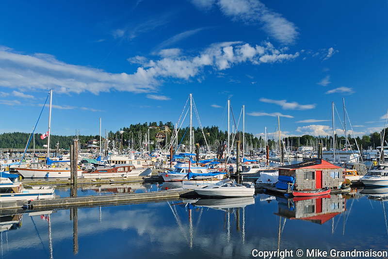 Boats in marina on the Sunshine Coast<br /> Gibsons<br /> British Columbia<br /> Canada<br />Gibsons<br />British Columbia<br />Canada