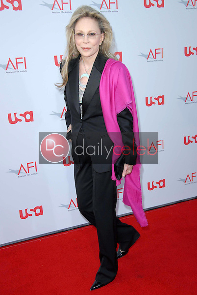 Faye Dunaway<br />at the 36th AFI Lifetime Achievement Award Tribute To Warren Beatty. Kodak Theatre, Hollywood, CA. 06-12-08<br />Dave Edwards/DailyCeleb.com 818-249-4998