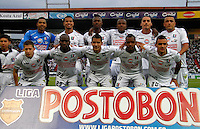 MANIZALES - COLOMBIA -23-02-2014: Los jugadores Once Caldas posan para una foto durante  partido de la fecha séptima por la Liga de Postobon I 2014 en el estadio Palogrande en la ciudad de Manizales. / The players of Once Caldas pose for a photo during a match for seventh date of the Liga de Postobon I 2014 at the Palogrande stadium in Manizales city. Photo: VizzorImage  / Santiago Osorio / Str.