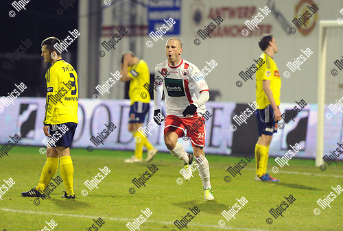 2013-03-09 / Voetbal / seizoen 2012-2013 / R. Antwerp FC - Sint-Niklaas / Dieter Van Tornhout scoorde de 2-0 ..Foto: Mpics.be