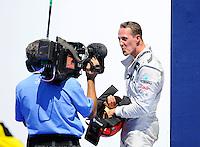 VALENCIA, ESPANHA, 24 JUNHO 2012 - F1 - GP DA EUROPA - O piloto alemao Michael Schumacher comemora o terceiro lugar no GP da Europa dispudado em Valencia na Espanha, neste domingo, 24. (FOTO: PIXATHLON / BRAZIL PHOTO PRESS).