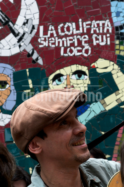 Argentina : French Singer Manu Chao in the radio La colifata in the hospital Borda, Buenos Aires.