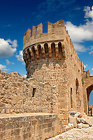 Fortifications of the 14th century medieval palace of the Grand Master of the Kinights of St John, Rhodes, Greece. UNESCO World Heritage Site