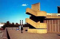 London: Hayward Gallery.  L.C.C. Architects, 1964.