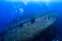 scuba divers, exploring Boulder City dive site, Mu Ko Similan National Park, Similan Islands, Thailand, Andaman Sea, Indian Ocean
