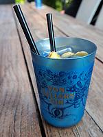 Gin Tonic, Restaurant Genusswerkstatt im Hotel Freigeist, Tiedexer Tor 5, Einbeck, Niedersachsen, Deutschland, Europa<br /> Gin Tonic in restaurant Genusswerkstatt, Hotel Freigeist, Tiedexer Tor 5, Einbeck, Lower Saxony, Germany, Europe