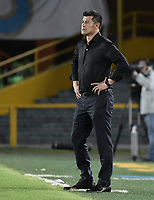 BOGOTA - COLOMBIA, 31-01-2018: Jorge Almiron técnico de Atlético Nacional gesticula durante partido con Millonarios por la final ida de la SuperLiga Aguila 2018 jugado en el estadio Nemesio Camacho El Campin de la ciudad de Bogotá. / Jorge Almiron coach of Atletico Nacional gestures during the first leg match against Millonarios for the final of the SuperLiga Aguila 2018 played at the Nemesio Camacho El Campin Stadium in Bogota city. Photo: VizzorImage / Gabriel Aponte / Staff.