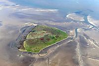 Hallig Suederoog mit den Saenden: EUROPA, DEUTSCHLAND, SCHLESWIG- HOLSTEIN,(EUROPE, GERMANY), 29.09.2010: Die Hallig Suederoog im Nordfriesischen Wattenmee vor der Westküste von Schleswig-Holstein. Sie gehoert verwaltungsmaessig zur Gemeinde Pellworm und ist ein Vogelschutzgebiet..Vor der Burchardiflut im Jahre 1634 befanden sich auf der Hallig drei Wohnungen, wovon eine durch den Strandvogt bewohnt wurde. Dieser war zugleich Aufseher eines Leuchtfeuers, das aber waehrend der Sturmflut 1634 zerstoert wurde. Bei dieser Sturmflut wurden zwei Haeuser zerstoert und zehn Personen ertranken. Bei der Februarflut 1825 wurde das letzte verbleibende Haus zerstoert. Es wurde aber wieder aufgebaut und diente danach erneut als Wohnung des Strandvogtes.