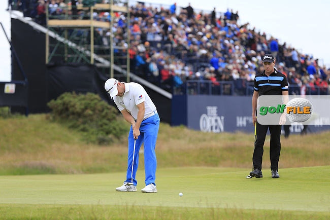 Richie RAMSAY (SCO) putts on the 17th green during Monday's Final Round of the 144th Open Championship, St Andrews Old Course, St Andrews, Fife, Scotland. 20/07/2015.<br /> Picture Eoin Clarke, www.golffile.ie