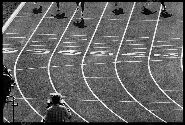 Carl Lewis, the American runner who will go on to win four gold medals in a single Summer Olympics, matching Jesse Owens' record established from Munich in 1936, qualifies for the 200m finals. Los Angeles, California, USA, August 1984