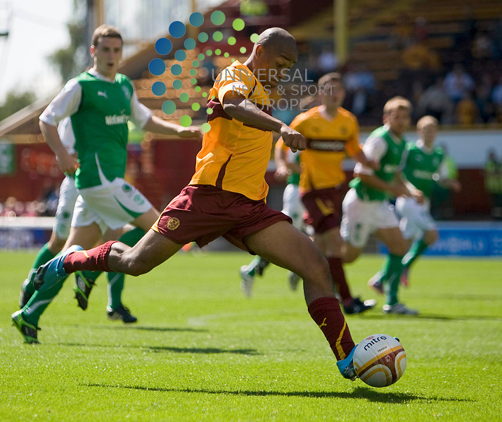 Well's Chris Humphrey(7) fires in a shot at goal during The Clydesdale Bank Premier League match between Motherwell and Hibernian at Fir Park 15/08/10..Picture by Ricky Rae/universal News & Sport (Scotland).