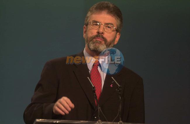 Sinn Fein President Gerry Adams gives his presidential address to the Sinn Fein Ard Fheis at the RDS in Dublin. 28/2/2004.