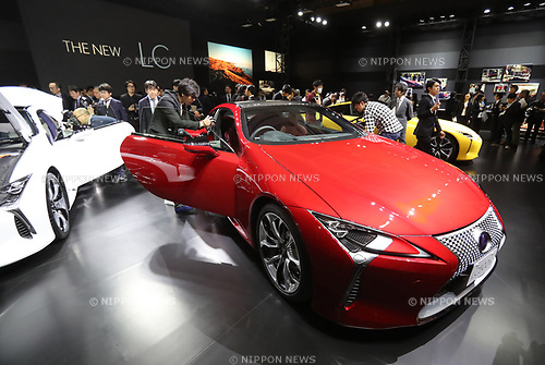 "March 16, 2017, Tokyo, Japan - Toyota Motor's luxury car brand Lexus flagship coupe ""Lexus LC"" is displayed in Tokyo on Thursday, March 16, 2017. The Lexus LC, with price from 13 million yen (115,000 US dollars), has V8 5.0-litter or V6 3.5-litter hybrid engine to drive rear wheels.    (Photo by Yoshio Tsunoda/AFLO) LwX -ytd-"