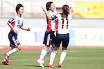 (L to R) <br /> Saori Arimachi, <br /> Manami Nakano, <br /> Miki Matsuoka (Belle), <br /> MAY 4, 2014 - Football /Soccer : <br /> Plenus Nadeshiko League 2014 <br /> between Urawa Reds Ladies 1-3 Okayama Yunogo Belle <br /> at Saitama Urawa Komaba Stadium, Saitama, Japan. <br /> (Photo by AFLO SPORT) [1205]