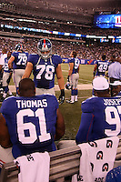 DT Markus Kuhn (Giants) mit DT Markus Thomas und DT Linval Joseph