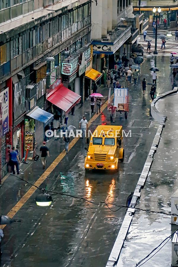 Transporte de valores, rua Dom Jose de Barros, Sao Paulo. 2018. Foto Juca Martins.