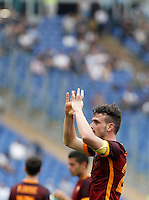 Calcio, Serie A: Lazio vs Roma. Roma, stadio Olimpico, 3 aprile 2016.<br /> Roma's Alessandro Florenzi celebrates after scoring during the Italian Serie A football match between Lazio and Roma at Rome's Olympic stadium, 3 April 2016.<br /> UPDATE IMAGES PRESS/Isabella Bonotto