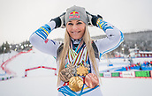 10th February 2019, Are, Sweden; Alpine skiing: Combination, ladies: downhill; Lindsey Vonn from the USA poses after the race with the medals from her career.