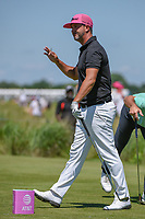 Scott Piercy (USA) waves to the cheering gallery after nearling holing out his tee shot on 8 during round 4 of the AT&T Byron Nelson, Trinity Forest Golf Club, Dallas, Texas, USA. 5/12/2019.<br /> Picture: Golffile   Ken Murray<br /> <br /> <br /> All photo usage must carry mandatory copyright credit (© Golffile   Ken Murray)