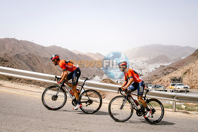 Antonio Nibali (ITA) brings team mate Domenico Pozzovivo (ITA) Bahrain-Merida back after a fall during Stage 6 of the 10th Tour of Oman 2019, running 135.5km from Al Mouj Muscat to Matrah Corniche, Oman. 21st February 2019.<br /> Picture: ASO/P. Ballet | Cyclefile<br /> All photos usage must carry mandatory copyright credit (© Cyclefile | ASO/P. Ballet)