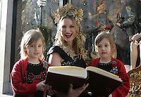 11/11/2010.Eurovision winner, Eimear Quinn.with twins Amy & Eva Campbell (5).at the official countdown to the unveiling of Brown Thomas's Christmas windows on Grafton street, Dublin..Photo: Gareth Chaney Collins