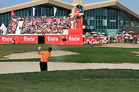 Graeme McDowell (NIR) in action on the 18th hole during Sunday's Final Round of the HSBC Golf Championship at the Abu Dhabi Golf Club, United Arab Emirates, 29th January 2012 (Photo Eoin Clarke/www.golffile.ie)