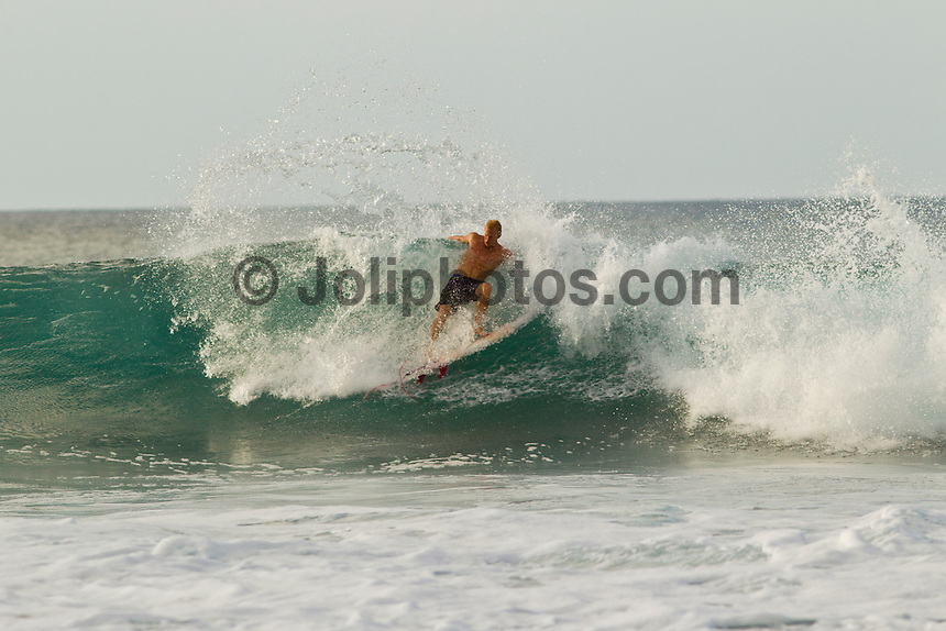 Haleiwa Hawaii, (Monday December 13, 2010) Adam Melling (AUS) surfing Rocky Point..A small  north west swell with light variable winds was all that was on offer today on the North Shore. The small waves seemed to focus at Rocky Point with the rights providing most of the action.  Photo: joliphotos.com