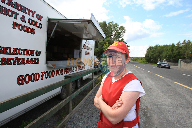 Wendy Taaffe at her whistle stop chip shop on the Ardee to Carrickmacross road..Picture: Fran Caffrey/ www.newsfile.ie.