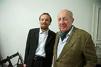 Der Junge Freiheit-Journalist Billy Six war am Dienstag den 26. Maerz 2013 zu Gast bei der Deutsch Arabischen Gesellschaft (DAG) und erzaehlte von seinen Eindruecken in Syrien.<br />Six wurde im Dezember 2012 in Syrien von Regierungstruppen festgenommen und wurde nach dreimonatiger Haft im Maerz 2013 freigelassen.<br />Im Bild vlnr.: Billy Six; Prof. Dr. Peter Scholl-Latour, DAG-Praesident.<br />26.3.2013, Berlin<br />Copyright: Christian-Ditsch.de<br />[Inhaltsveraendernde Manipulation des Fotos nur nach ausdruecklicher Genehmigung des Fotografen. Vereinbarungen ueber Abtretung von Persoenlichkeitsrechten/Model Release der abgebildeten Person/Personen liegen nicht vor. NO MODEL RELEASE! Don't publish without copyright Christian-Ditsch.de, Veroeffentlichung nur mit Fotografennennung, sowie gegen Honorar, MwSt. und Beleg. Konto:, I N G - D i B a, IBAN DE58500105175400192269, BIC INGDDEFFXXX, Kontakt: post@christian-ditsch.de<br />Urhebervermerk wird gemaess Paragraph 13 UHG verlangt.]