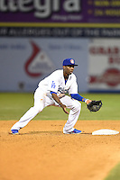 Chattanooga Lookouts second baseman Darnell Sweeney (9) waits for a throw during a game against the Birmingham Barons on April 24, 2014 at AT&T Field in Chattanooga, Tennessee.  Chattanooga defeated Birmingham 5-4.  (Mike Janes/Four Seam Images)