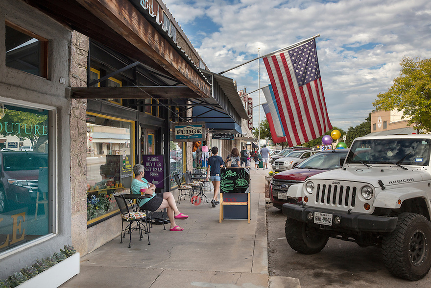 Historic Main Street Marble Falls is best known for its shopping, dining, great accommodations, lakeside parks and a host of fabulous events throughout the year. No trip to the region is complete without visiting Marble Falls - Stock Image.