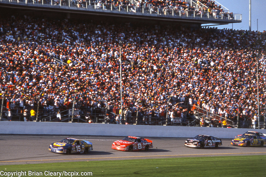 Michael Waltrip (15), Dale Earnhardt Jr (8), Dale Eranhardt (3), Bobby Hamilton (55) action, Daytona 500, Daytona International Speedway, Daytona Beach, FL, February 18, 2001.  (Photo by Brian Cleary/ www.bcpix.com )