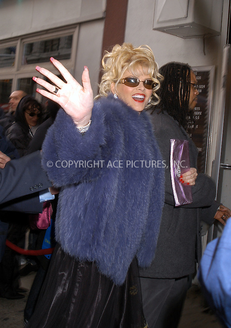 Anna Nicole Smith arrives at New York Fashion Week. New York City. February 09 2004. Please byline: AJ SOKALNER/ACE Pictures.   ..*PAY-PER-USE*      ....IMPORTANT: Please note that our old trade name, NEW YORK PHOTO PRESS (NYPP), is replaced by new name, ACE PICTURES. New York Photo Press and ACE Pictures are owned by All Celebrity Entertainment, Inc.......All Celebrity Entertainment, Inc:  ..contact: Alecsey Boldeskul (646) 267-6913 ..Philip Vaughan (646) 769-0430..e-mail: info@nyphotopress.com