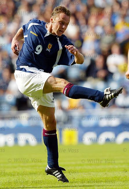 Paul Dickov, Scotland.stock season 2003-04..pic willie vass