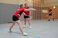 Doppel 2. Mannschaft Stefanie Kreuz (vorn), Alexandra Odenthal - Mörfelden-Walldorf 09.02.2020: RW Walldorf Badminton